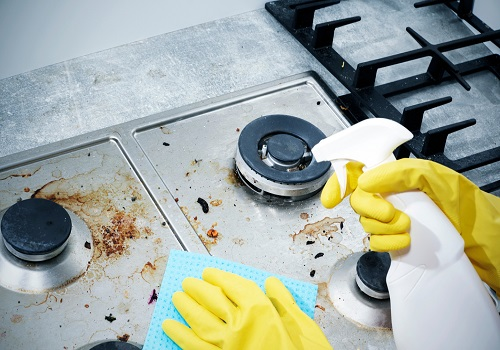 gas stove cleaning